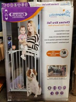 Chelsea 40 In. H Extra Tall Auto-Close Security Gate In Whit